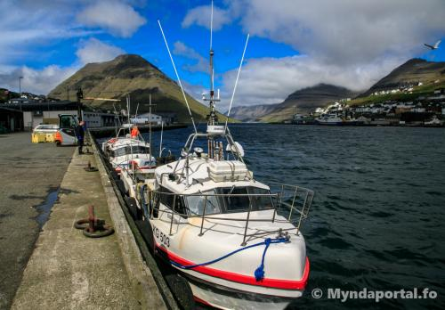 Stakkavík og Bjørgvin 12062019 14-07-26 (1 of 1)